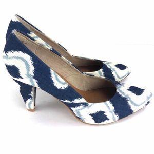 Seychelles Navy Blue & White Heels